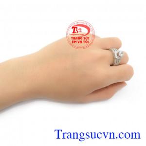 Nhẫn nữ 10k bền đẹp, phong cách