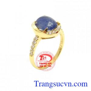 Nhẫn Nữ Vàng Sapphire Quyền Lực