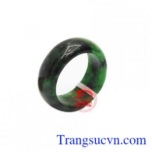 Nhẫn cẩm thạch thiên nhiên phái mạnh