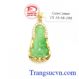 Phật Quan Âm Phỉ Thúy May Mắn