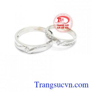 Nhẫn cưới vàng trắng đẹp