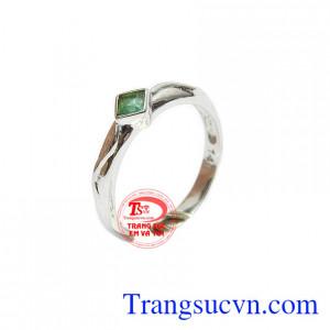 Nhẫn nữ vàng trắng 14k xinh đẹp