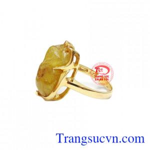 Sản phẩm hợp phong thủy, mang đến cho người đeo sự may mắn, thịnh vượng và khéo léo.