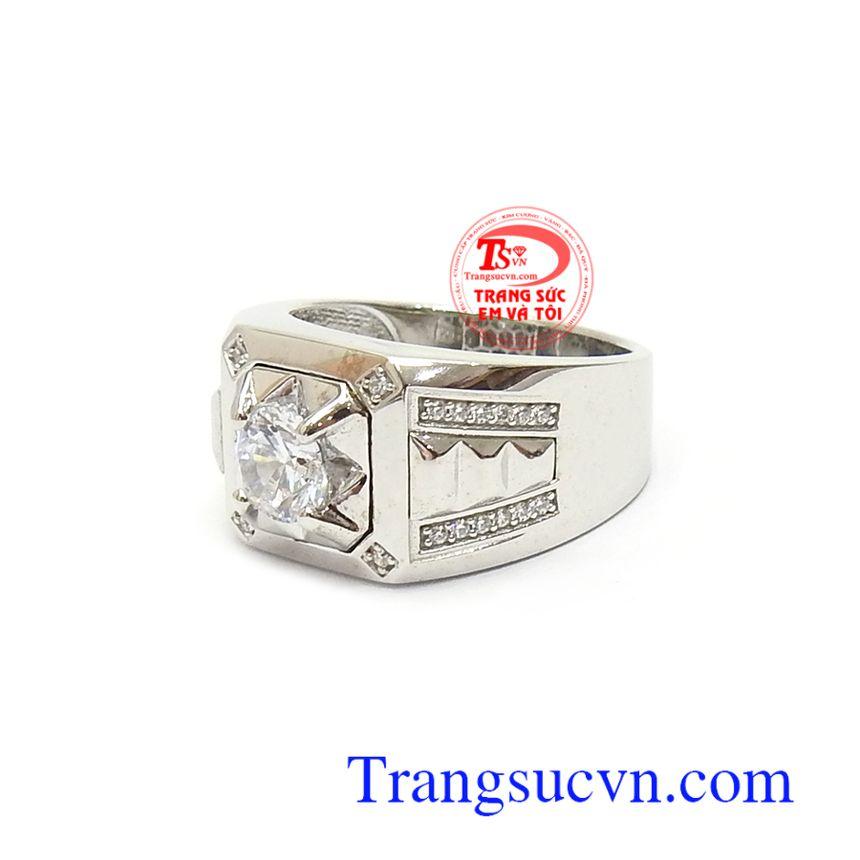 Nhẫn nam đính đá phù hợp nhiều phong cách thời trang