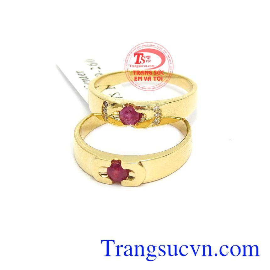 Sản phẩm nhẫn cưới tượng trưng cho tình yêu