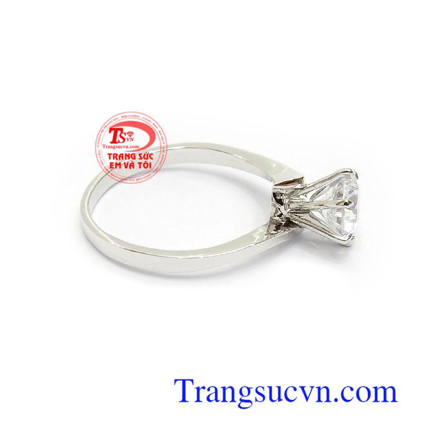 Nhẫn nữ vàng trắng 14k tinh xảo, độc đáo, đeo hợp phong cách