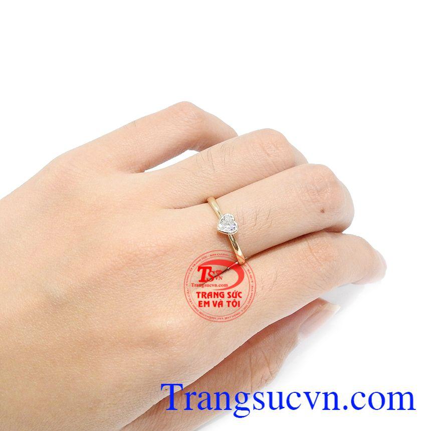 Nhẫn nữ trái tim phù hợp để làm quà tặng cho bạn gái trong những dịp đặc biệt