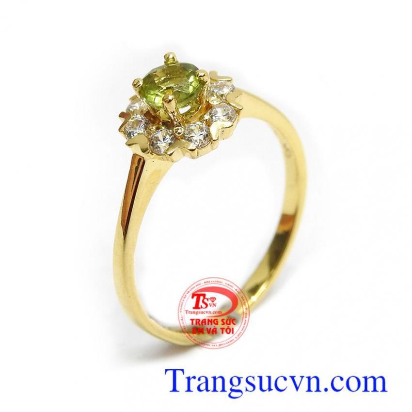 Nhẫn nữ vàng Peridot an nhiên