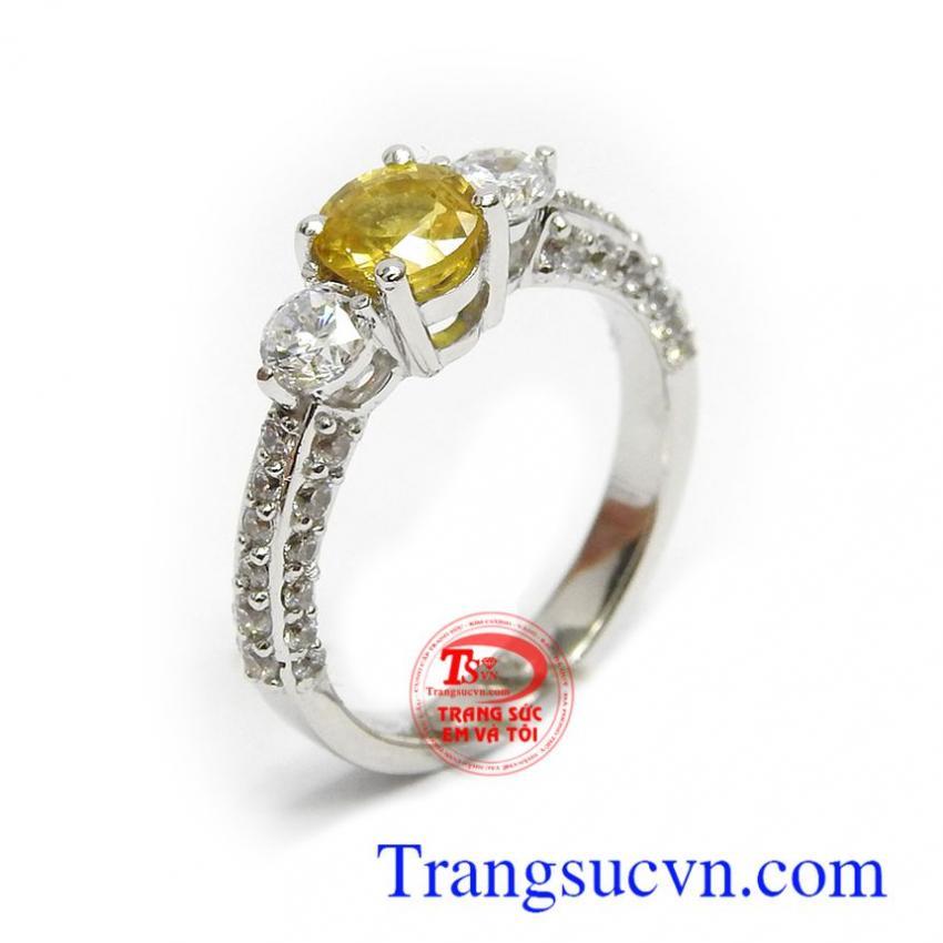 Nhẫn nữ Sapphire vàng tài lộc