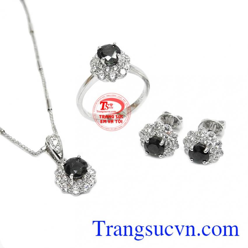 Bộ trang sức sapphire hưng vượng