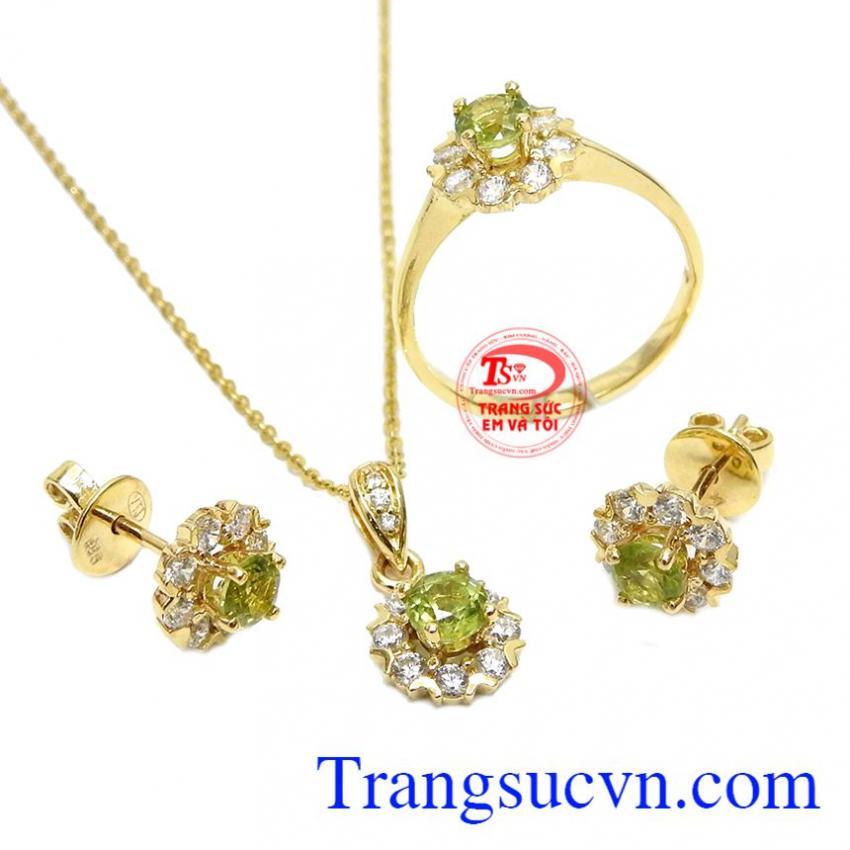 Bộ trang sức vàng peridot an nhiên