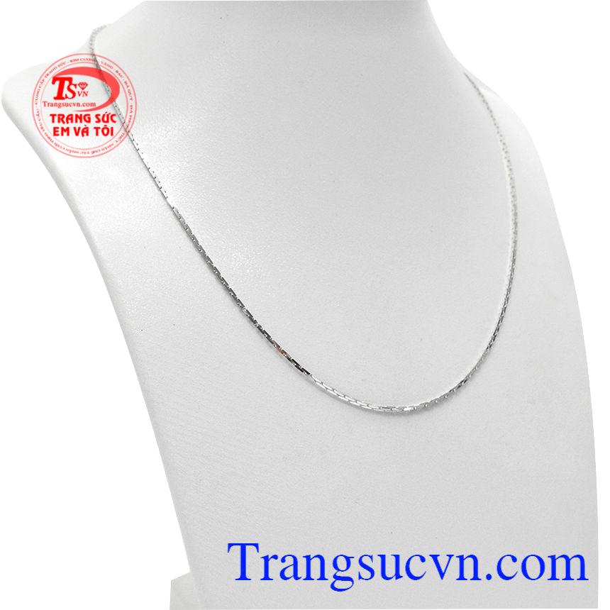 Dây chuyền nữ mạnh mẽ vàng trắng được nhập khẩu từ Italy.