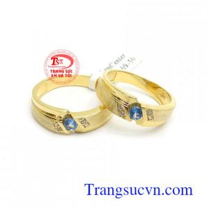 Nhẫn cưới Topaz hạnh phúc lứa đôi kiểu dáng tinh tế, thời trang, chế tác vàng 14k sang trọng, bền đẹp