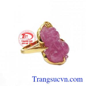 Nhẫn tỳ hưu ruby thành công là sản phẩm được phái nữ ưa thích