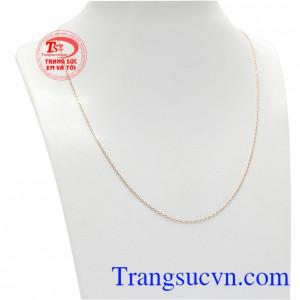 Dây chuyền vàng hồng 10k đẹp được chế tác tinh tế, nhẹ nhàng mang đến cho phái nữ một sản phẩm hoàn hảo.