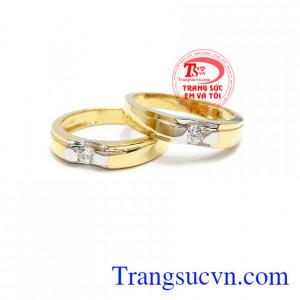 Đôi nhẫn cưới hạnh phúc tình yêu
