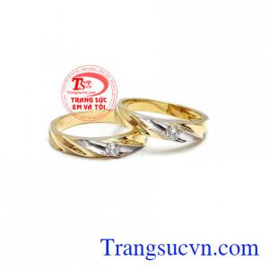 Đôi nhẫn cưới tình yêu bền chặt