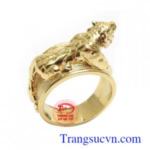 Nhẫn nam chạm khắc hổ độc đáo, phong cách