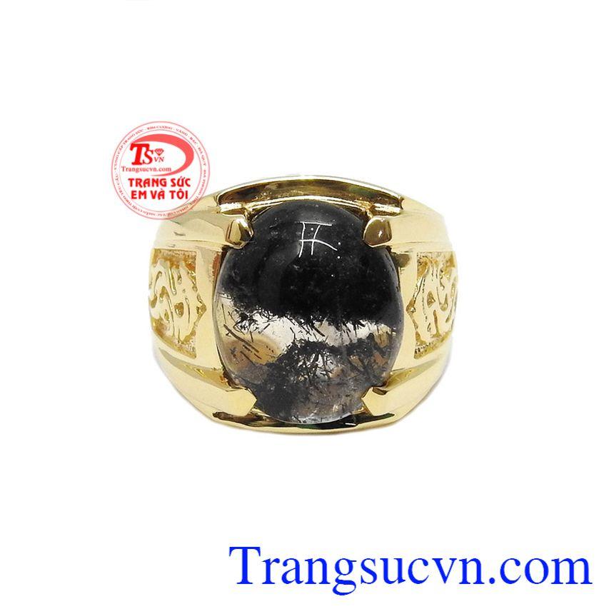 Nhẫn vàng 14k thạch anh tóc đen được chế tác từ vàng màu và thạch anh tóc đen thiên nhiên.