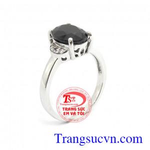 Nhẫn nữ sapphire tự nhiên