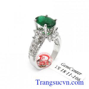 Nhẫn nữ vàng trắng Emerald bình an