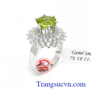 Nhẫn nữ vàng trắng Peridot hi vọng