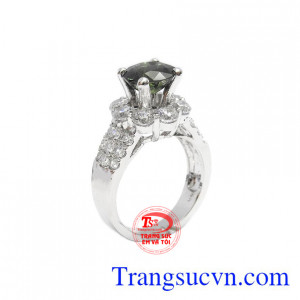 Nhẫn nữ Saphir đẹp