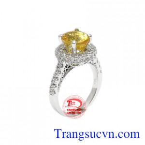 Nhẫn nữ sapphir vàng thiên nhiên