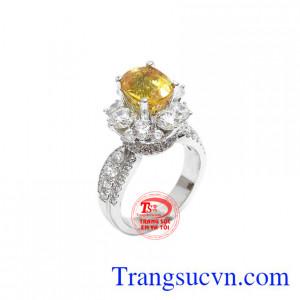 Nhẫn nữ sapphir vàng thịnh vượng