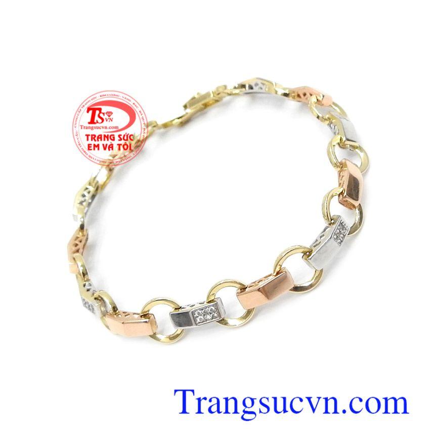 Lắc vàng Italy 18k xinh xắn là dòng sản phẩm rất được ưa chuộng bởi sự tinh tế, nhẹ nhàng và cá tính trong từng chi tiết sản phẩm