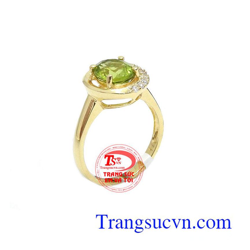 Nhẫn nữ peridot dịu dàng