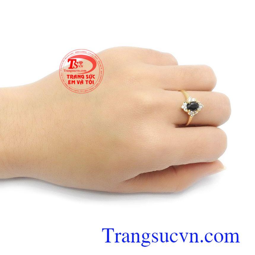 Nhẫn nữ vàng 14k đính đá Sapphire cao cấp, thời thượng