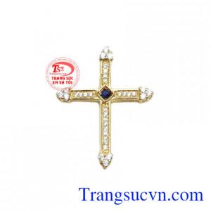 Mặt dây thánh giá sapphire sang trọng