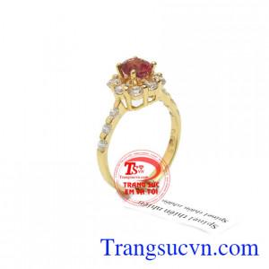 Nhẫn nữ spinet tự nhiên