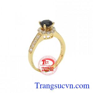 Nhẫn nữ sapphire nữ hoàng