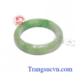 Vòng ngọc jadeite thiên nhiên đẹp