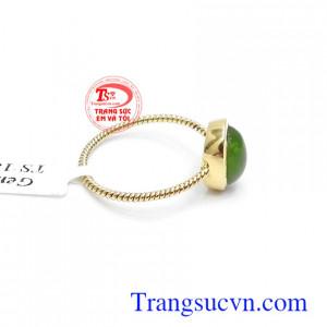 Nhẫn nữ vàng 14k gắn Nephrite thiên nhiên sang trọng, tinh tế và thời trang phái đẹp