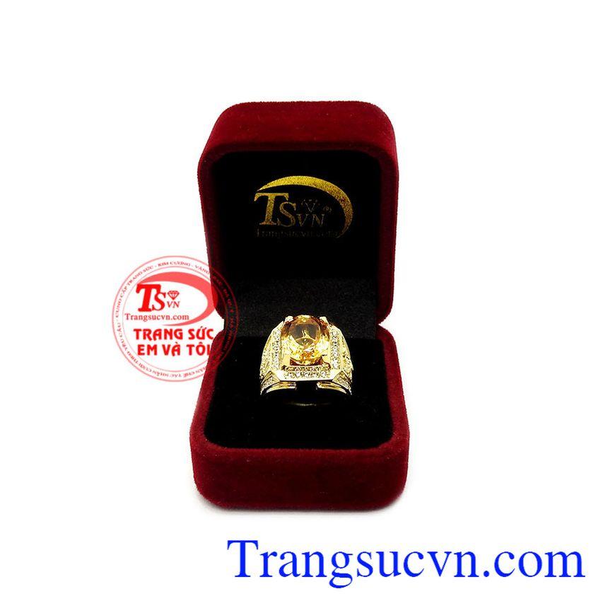 Nhẫn nam thạch anh vàng tinh tế 18k, bảo hành 12 tháng, giao hàng nhanh trên toàn quốc.