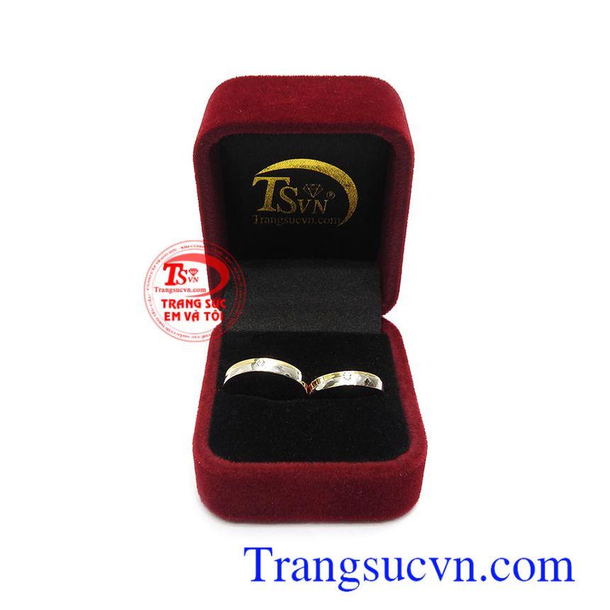 Nhẫn cưới vàng tây đính đá bền đẹp, chất lượng