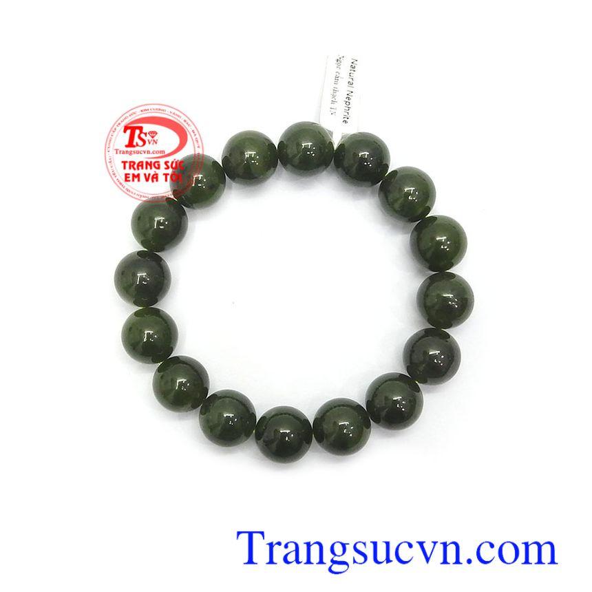 Ngọc Nephrite là biểu tượng của sức khỏe, sự may mắn và bình an trong cuộc sống, là món quà ý nghĩa dành tặng người bạn yêu thương