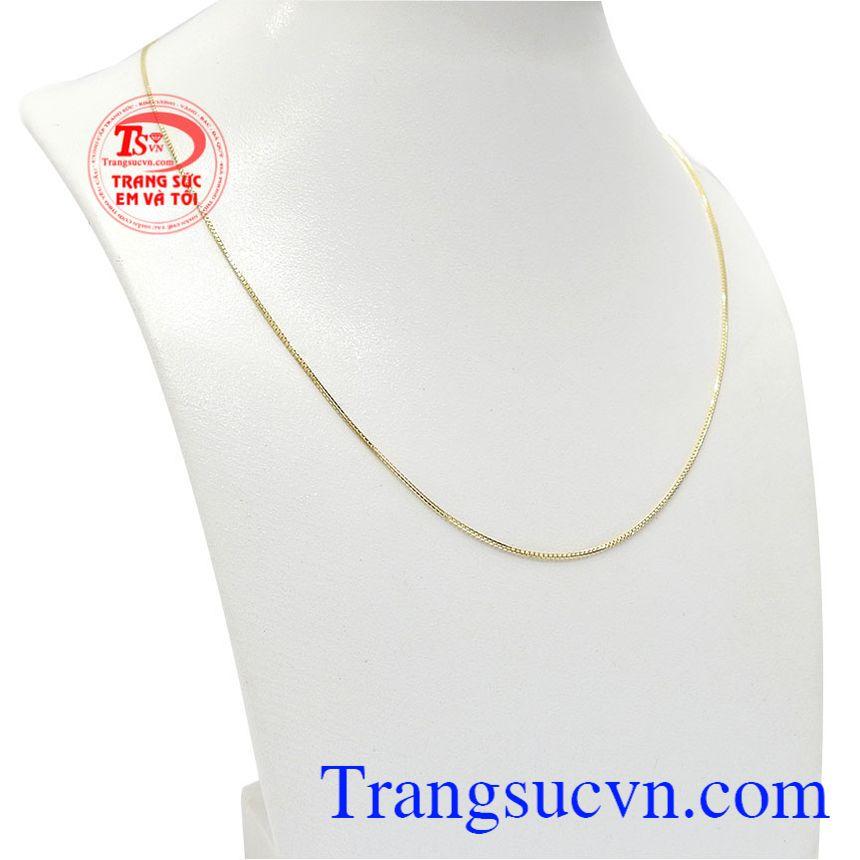 Sản phẩm được chế tác tinh xảo từ vàng 10k đảm bảo chất lượng của Italy
