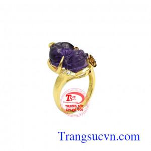 Nhẫn nữ tỳ hưu amethyst