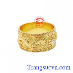 Nhẫn nữ rồng phượng 18k được chế tác với thiết kế 3D tinh xảo và sắc nét tạo nên một sản phẩm vô cùng hoàn hảo.