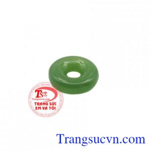Mặt Nephrite đồng xu là sản phẩm được làm từ ngọc Nephrite thiên nhiên.