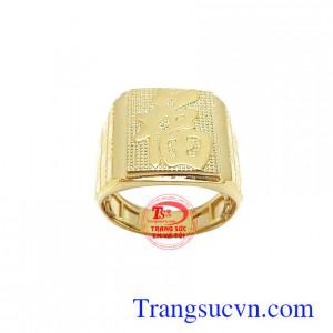 Nhẫn nam vàng chữ Phúc may mắn mang lại nét cá tính, thời trang và sang trọng cho phái mạnh, là sản phẩm rất được ưa chuộng