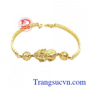 Lắc tay vàng 10k tỳ hưu được chế tác đẹp và tinh xảo hợp thời trang
