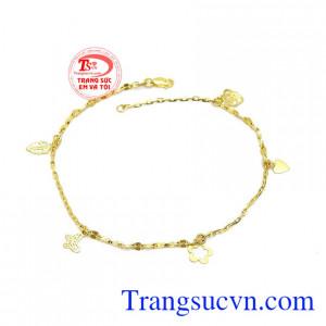Lắc tay nữ 10k dễ thương là sản phẩm lắc tay được chế tác tinh xảo từ vàng 10k