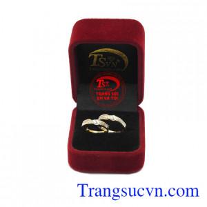 Nhẫn cưới bền chặt vàng 10k.