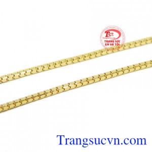 Sản phẩm có thể kết hợp cùng nhiều loại mặt dây khác nhau để tăng thêm phần nổi bật