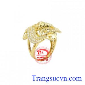 Nhẫn nữ vàng 10k trang nhã được chế tác đẹp và bắt mắt theo công nghệ Italy
